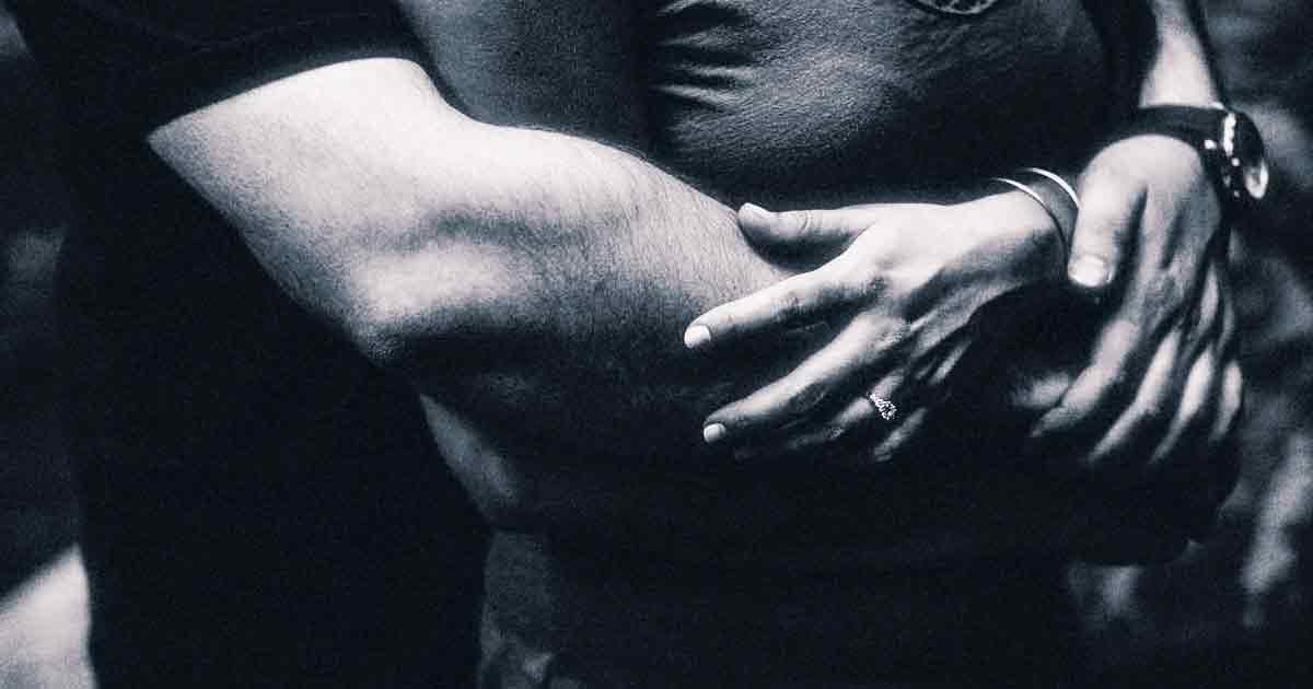 О феномене любви: какая сила притягивает людей друг к другу?