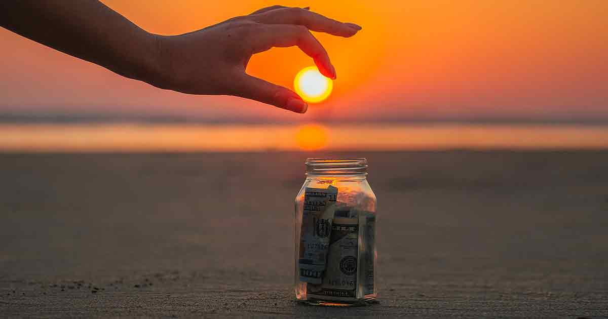 Народные поверья и приметы, которые помогут привлечь деньги